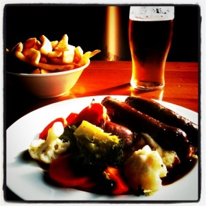 Food Almanac image of Inkerman Hotel 'pub grub' courtesy of Steve Baker.